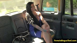 redhead cabbie pussylicking busty client