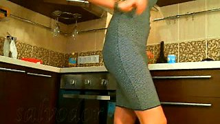 This Turkish hoe looks hot in her dress and she likes to tease me with her ass