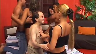 Freaky group sexe with old ugly midgets