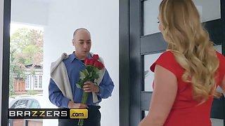 Brazzers - Big Butts Like It Big - AJ Applegate & Keiran Lee - Earning My Valentine
