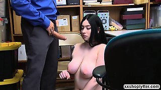 Shoplifter Teen Amilia Onyx gets fuck by LPs big cock