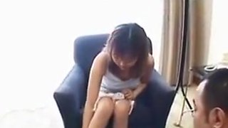 Amateur japanese in real defloration at hotel