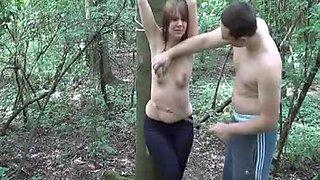 Junges Fetischpaar NRW im Wald