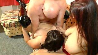 Fatty bitches in hot hardcore threesome fun