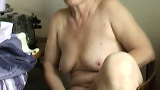 OmaPass Granny masturbate hairy pussy use dildo and cucumber
