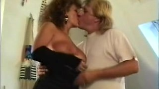Mature BBW French granny gives oral action before sex