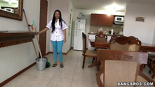 Latina maid Casandra drops her clothes to tease a rich guy