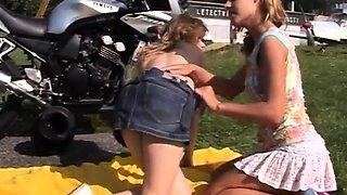 Teen fucks hot aunt Young lesbo biker girls