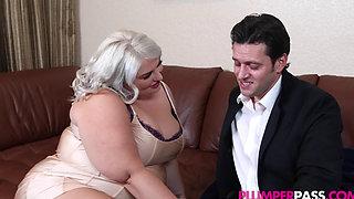 busty big ass bbw hottie
