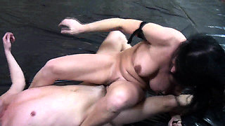 Fetish-Erotic Wrestling Girls fight guys down