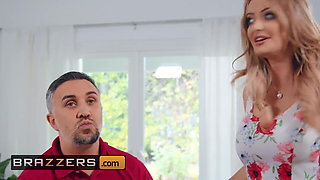 Big tit Linzee Ryder gets her shaved cunt drilled - Brazzers