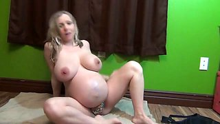 pregnant about to pop having fun (sexy_mommys)
