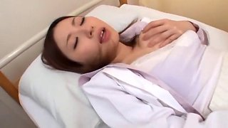 Sexy jap doctor