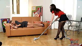 Zuzana Z punishes Tiffany Doll
