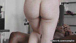 Valentina Nappi in My Personal Trainer, Scene #01 - DarkX
