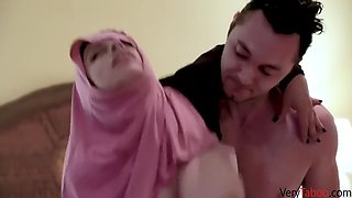 Ella knox gets fucked by her american brother