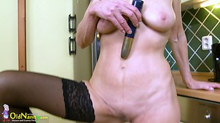 Old wench Iva is masturbating her wrinkled hairy twat