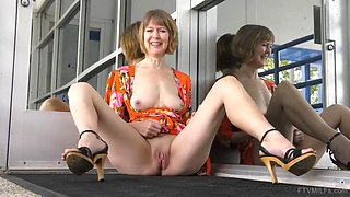 Jamie foster horny gilf pleasure