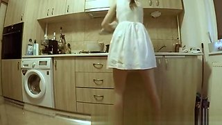 (HIDDEN CAM) Sneaking On My Hot Teen StepSister in the Kitchen