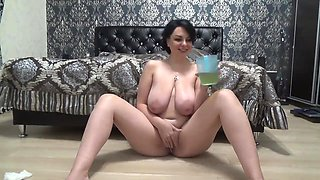 Busty russian MILF drinks her own piss