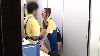 Japanese Cutie Sucks Random Guy's Shlong After Flashing
