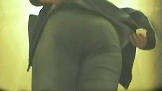 Piss pouring out of pussy right on toilet voyeur cam