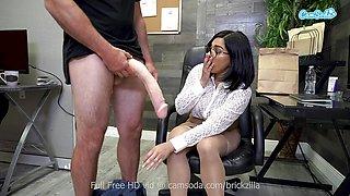 Sexy Pornstar Tugs Monstrous Cock