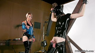 Milf in latex anal bangs gagged male sub