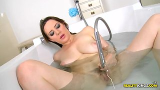 brit slut samantha bentley plays with her pussy in the bathtub