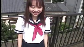 Japanese schoolgirl upskirt in public part2