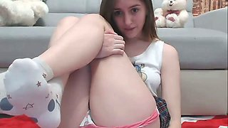 Masturbating for a living is much more satisfying to this horny camgirl