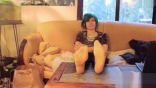 Emo sisters stinky sweaty feet