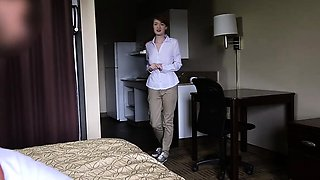 Beauteous hotel employee chick Abbey Rain gets a warm cum