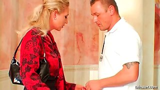 Blondie jump starts the massive cock with a smooth blow pending rough doggystyle smashing