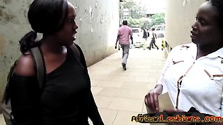 African babes Faida and Kali meet on the street before
