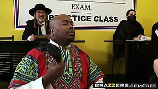 Brazzers - Big Tits at School - Jordan Pryce