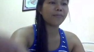 Lovely filipina very wet.