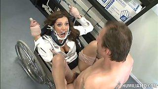 bondage pleasure for the hot patient francesca le