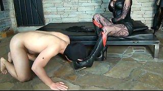 Mistress trains her bootlicker
