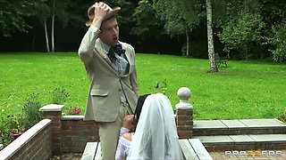 Brazzers - Busty bride Jasmine Jae fucks the groom's brother
