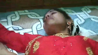 Newly married hot wife fucked in suhagraat