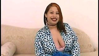 Pretty Pregnant Poison Plunges Pussy