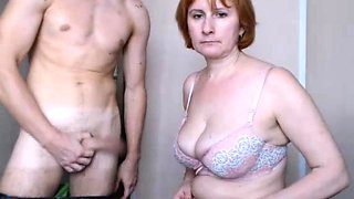 Young redhead machine fucking on webcam