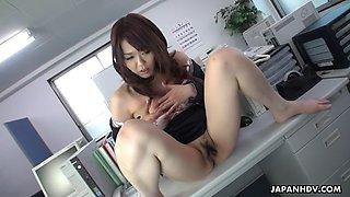 yuka tsubasa makes her female boss masturbating in the office