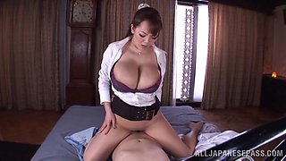 Huge Boobs Tokyo Milf Likes To Ride