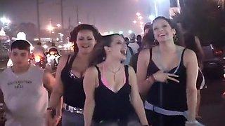 Amazing Latinas Flashing On The Street