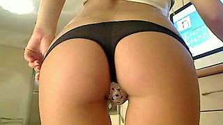 Perfect Blonde With Juicy Boobs Plays With Her Hot Ass and Pussy On Webcam