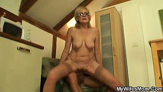 She enjoys sucking and riding her son-in-law\'s cock