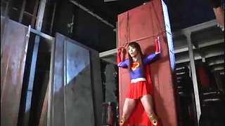 I want to share superheroine videos , message me