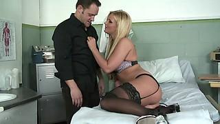 Sexy hospital patient Phoenix Marie fucked in the exam room